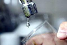 ¿Cómo hacer un reclamo por cobro excesivo en el recibo de agua?
